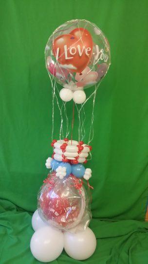Geschenkballon mit einem Heißluftballon