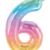 Kleine Zahl Sechs in Regenbogenfarben