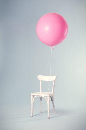 Rundballons mit Helium gefüllt